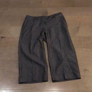 The Limited sz 4 denim colored crop pants.